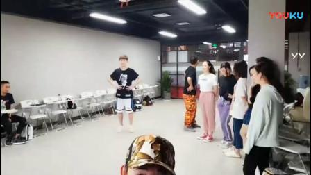 北京艺考培训学校艾特家族19届学生《艺考生表演台词声乐课》20180719