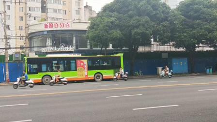 奶粉二世拍摄-南宁公交80路车星湖北二里路口出站,车型:厦门金旅