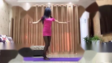 我在新生代广场舞 心中有个你(老歌新跳)截了一段小视频