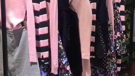 品牌折扣店在找《玛琪雅朵》18秋冬装吗?这里厂家直销一手货源批发特价只需38元
