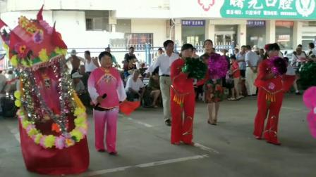 灌云县界圩赵跳村(玩小花船)