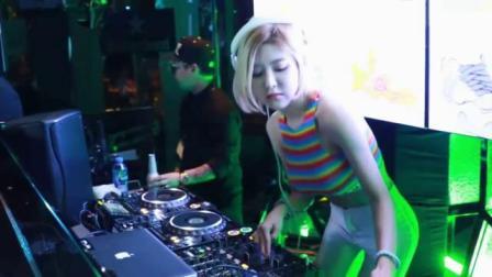 酒吧视频美女DJ打碟-3D丽音 爱呀呀 - 杨娜