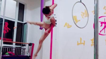 钢管舞视频济南专业钢管舞教学飞皇