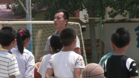 《体前变向换手运球》优质课(人教版初一体育与健康,赵俊祥)