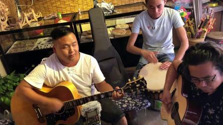 阿涛吉他中国行青岩古镇【月亮光光照地上】巴雨乐队