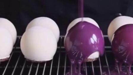 蓝莓樱桃冰淇淋球