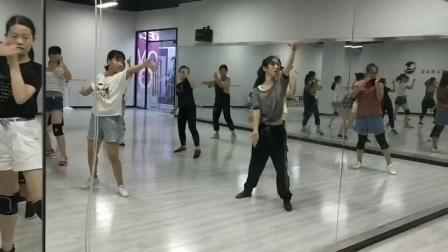 舞佳舞成品舞练习:沧海一声笑