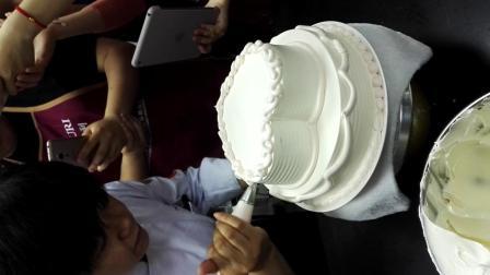 西点师高级-心形蛋糕裱花