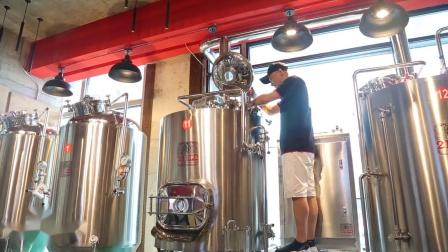 沈阳这家美式精酿啤酒工坊藏着一个微缩啤酒厂,绝对让你想二刷!