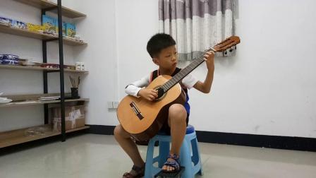 严晨睿弹《简单对话》古典吉他