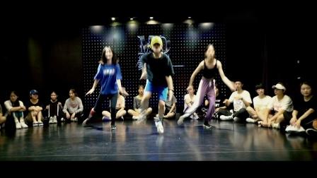 南京美度舞蹈培训 龙樱老师和教练班宝宝们爵士舞,进步非常大,加油,🎵 Fuck Apologies-JoJo
