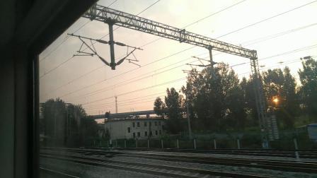 K1073次济南站出发