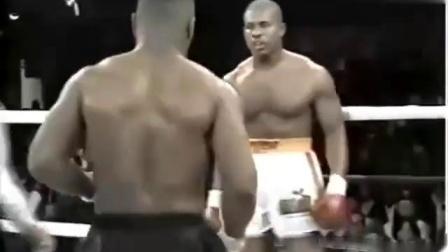 泰森职业拳击比赛第41场重创号称加拿大最能打的男人