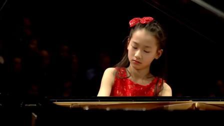 钢琴神童华裔小姑娘 - Harmony Zhu 和谐_朱(12岁)演奏贝多芬第二钢琴协奏曲