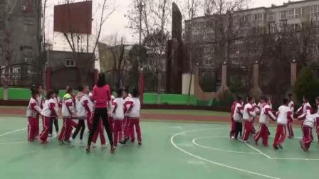 《快乐双人跳绳》优质课(人教版二年级体育,李盼)
