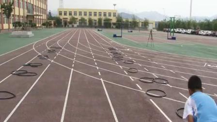 《快速跑-途中跑》優質課(滬少版五年級體育,吳澤民)