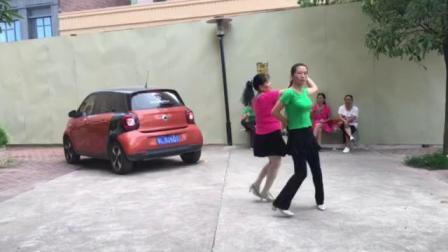 雍华庭,快乐广场,对跳双人舞《喜乐年华》2018