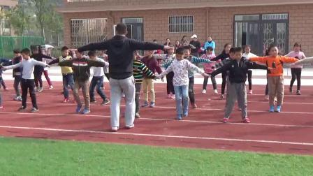 《立定跳遠》科學版體育三上,俞輝