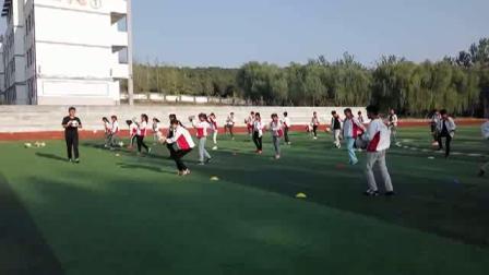 《足球-腳背正面,內側踢球》人教版初一體育與健康,徐州市縣級優課