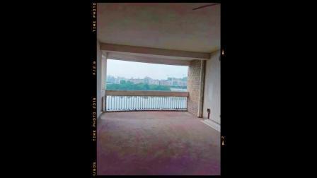 赣州的金域蓝湾的毛坯房子 便宜你要么