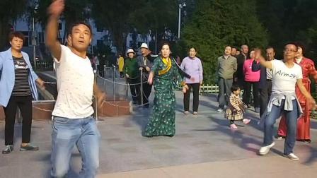 西宁市城中区人民广场锅庄