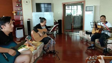 《鼓楼》琴韵之声艺术学校吉他班!