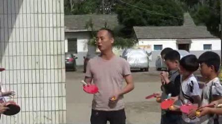 《乒乓球:顛球游戲》科學版體育六下,范秋祥