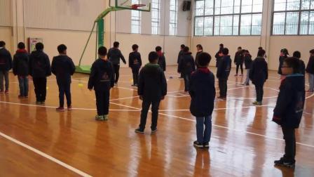 《跑:高抬腿跑》三年級體育,王志輝