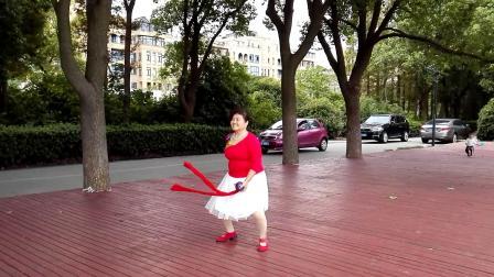 江西省抚州体育馆健身一队第三套柔乐球真英雄