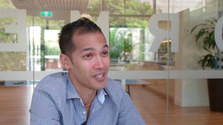 邦德大学澳洲首个学生创业支持项目总负责人Daniel