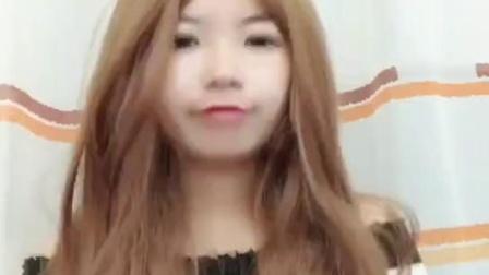 一头发长玩坏自己,从小到大没有养过长发,所以你们懂得美女视频精选