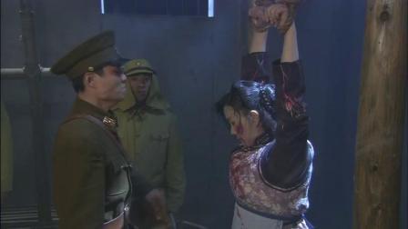 我的抗战之猎豹突击:地下党身份遭怀疑,他忍着悲痛看女战友受刑,演戏骗过鬼子