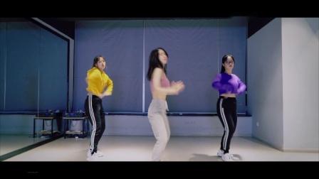 南京美度舞蹈培训学校 Ace 老师爵士舞,🎵音乐:Gimme On Up-Ariana Grande
