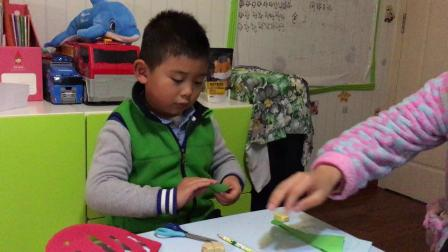 【快7岁】3-5哈哈教爸爸妈妈做手工,爱心折纸制作IMG_0091