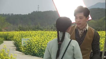 杨紫携手邓伦为拍新剧出席活动,杨紫细节动作证明自己的人品
