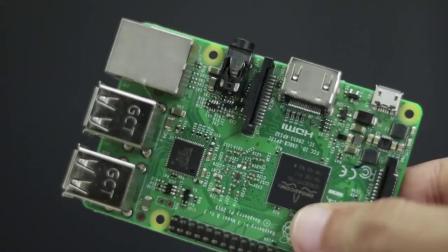 牛人制作了个电脑键盘连上去真的可以用吗