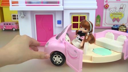 Baby doll Hello Kitty house and car toys Baby Doli play