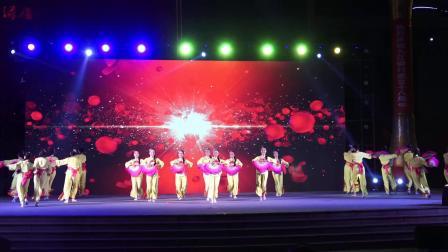 舞蹈《看山看水看中国》九江市红韵舞团 2018九银杯广场舞大赛