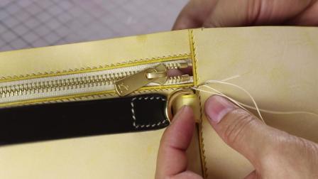 手工皮具制作——CAKE小圆包斜挎包。不喜欢吃月饼,不如做个CAKE啦