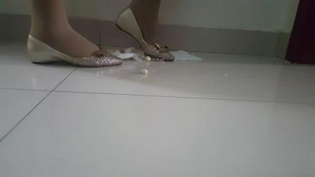 公主鞋踩踏
