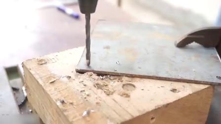 牛人找来废旧螺丝打造成这工具,用起来真不错