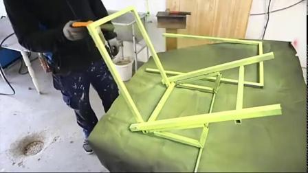 牛人找来两个轮子,没想到做成了这个工具,真