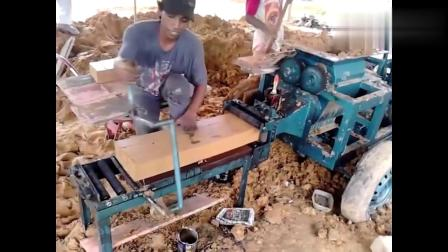 民间牛人研发的小型制砖机,3个人轻松搞定一台