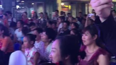 齿轮儿童科学馆桂林七星校区干冰秀