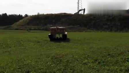 厉害了!牛人DIY了一个12英尺的大型坦克