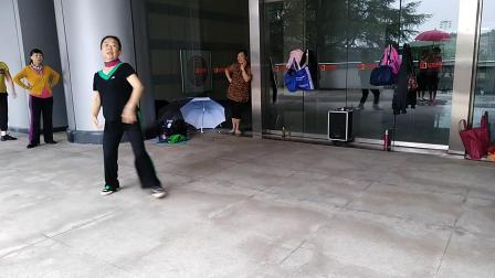 春之韵舞蹈(遇上你是我的缘)表演者 戴莉华