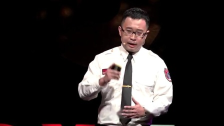 TED什么是正确的火灾逃生方式?