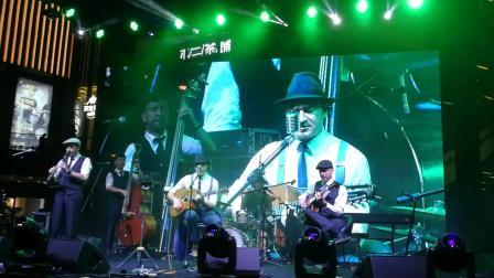 Hot Club of Beijing - Bei Mir Bist Du Schon