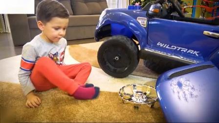 汽车视频为孩子组装和骑在动力轮福特家庭乐趣玩具时间玩具儿童视频