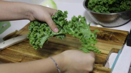 白豆甘蓝汤/ White beans and kale soup/素食/能吃饱饱的一碗汤